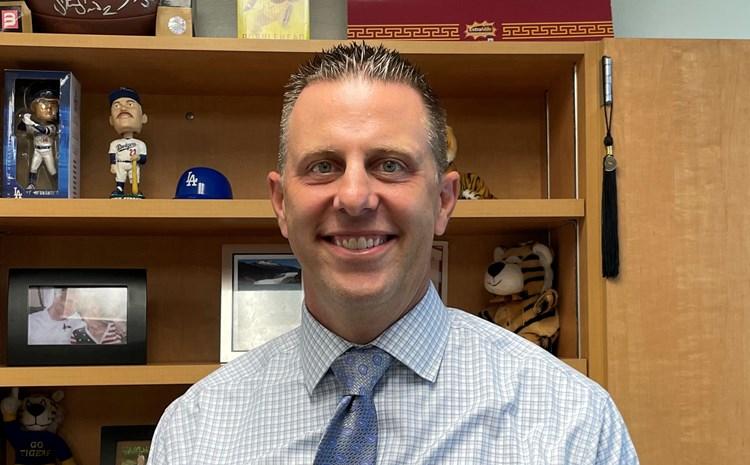 Woodbury Has A New Principal, Mr. Francis! - article thumnail image